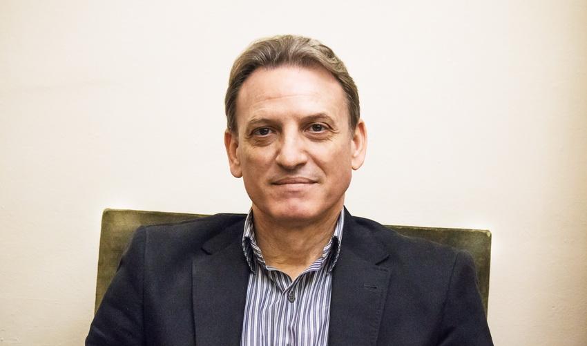 Нов президент на МОНА