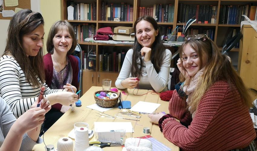 Работилница: плетене на една кука